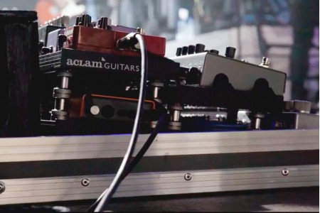 We interview Julián Saldarriaga, guitarist of Love of Lesbian | Aclam Guitars