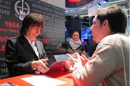 Jeff Beck signature guitar | Aclam Guitars