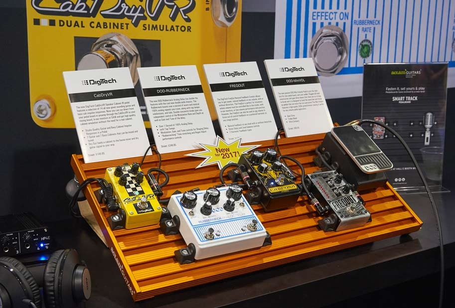 digitech with smart track pedalboard